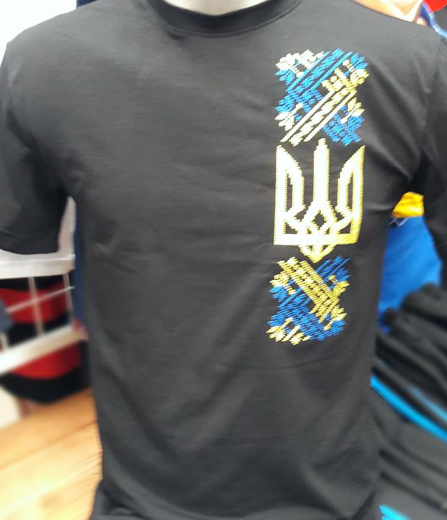 Мужская патриотическая футболка вышитая крестиком. 0296a3768be54