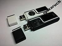 8 ГБ MP3-плеер, 2 цвета, 2 разъемы 3.5 ( для 2-х пар наушников)