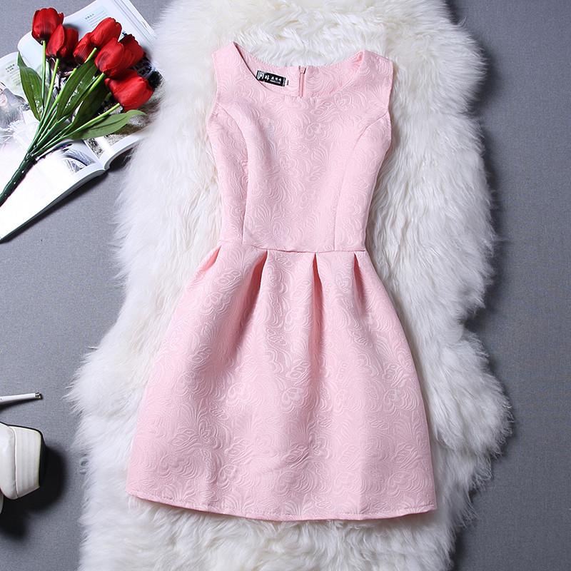Платье с тиснением