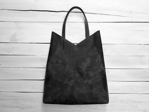 Сдержанная женская сумка-пакет из натуральной кожи GBAGS B.0005-СН черный