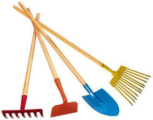 Лопаты грабли сапки