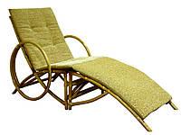 Кресло из ротанга Майями с подставкой для ног