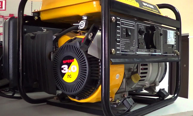Бензиновый генератор Firman SPG 1500 фото 1