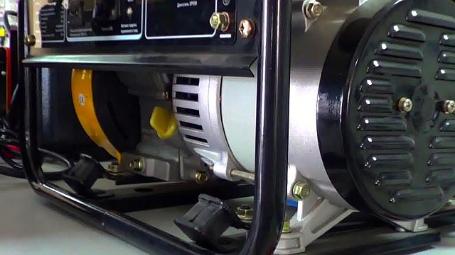 Бензиновый генератор Firman SPG 1500 фото 4