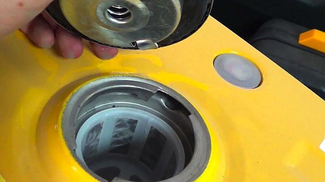 Электрогенератор Фирман работает на бензине фото