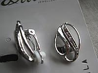 Сережки - клипсы   длина с застежкой 2,5 см.