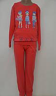 Спортивный костюм для девочки коралловый.