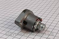 Натяжитель цепи распредвала  (скутер 125-150куб.см)