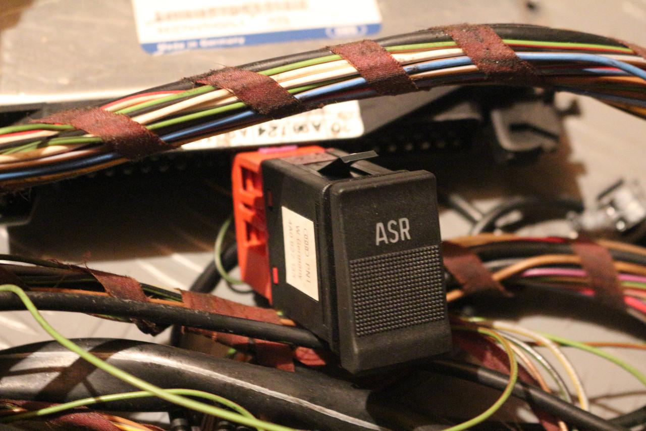 Комплект ABS+ASR Audi 100 A6 C4 91-97г