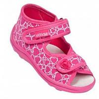 Босоножки-тапочки для девочки бело-розовые в сердечки