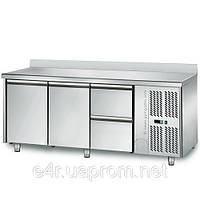 Холодильный стол 1,8 m x 0, 7м - 2-х дверный и 2 ящиками 1/2 (KTS) с задним бортом