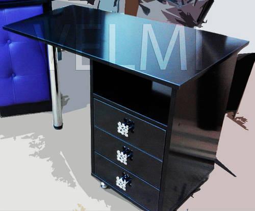 Маникюрный стол VM 111