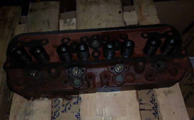 Головка блоку циліндрів ЮМЗ з клапанами