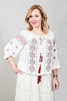 Женская блуза из натуральной ткани с вышивкой