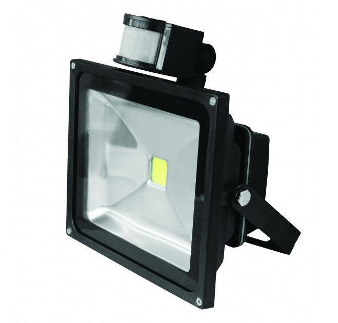 Светодиодный прожектор EUROELECTRIC Sensor 30Вт с датчиком движения