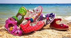 Летняя обувь для девочек и мальчиков .