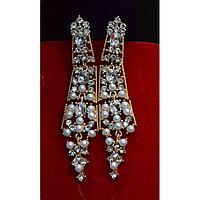 Серьги длинные, маленькие жемчужины, золотистый металл, английская застежка 001483