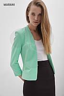 Короткий женский пиджак MONAME