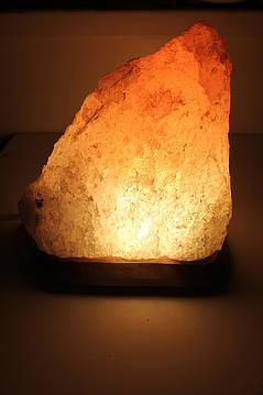 ОТЛИЧНЫЙ ПОДАРОК!!!!  Cоляная лампа Скала  3- 4кг с цветной лампой
