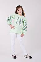 Нарядная детская блуза вышитая цветочным узором крестиком