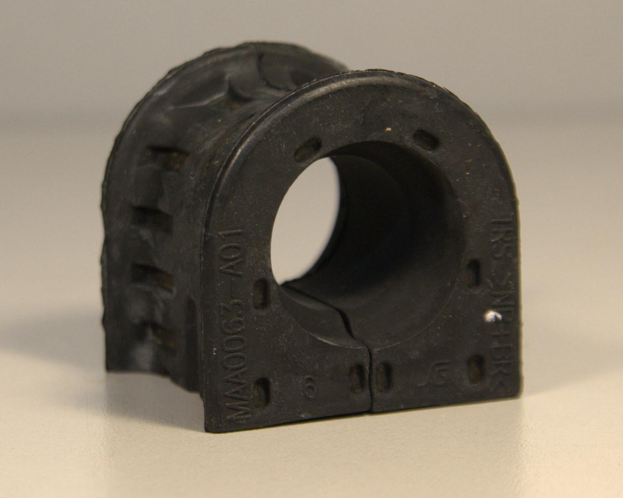 Втулка заднього стабілізатора d=28mm на Renault Master III 2010-> — Renault (Оригінал) - 546135490R