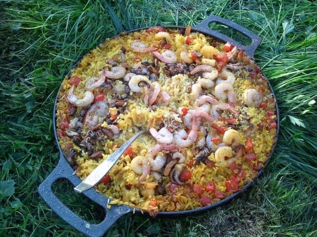Рис на чугуне: испанская паэлья