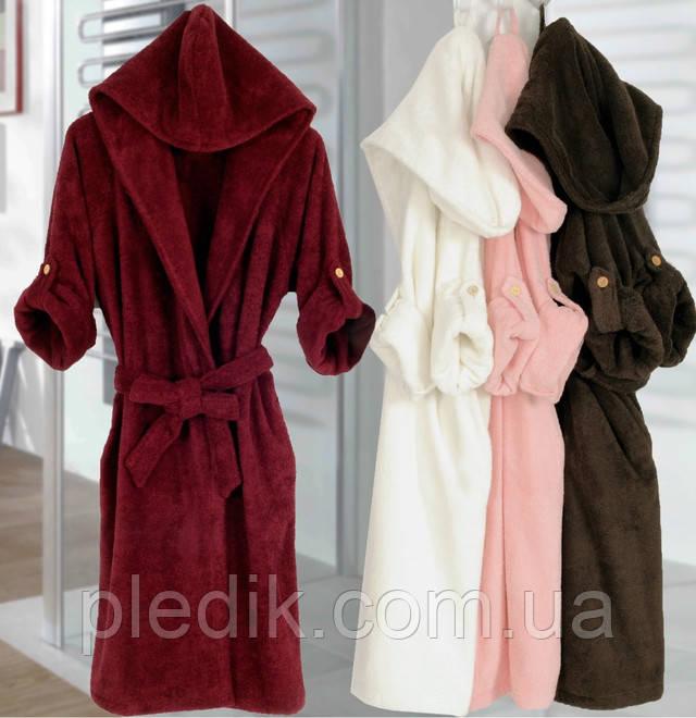Махровый халат с капюшоном