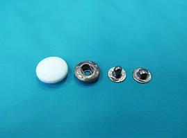 Кнопка пластиовая 15 мм ( в упаковке 50 штук )