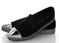 Слипоны черного цвета с острым носком