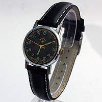 Винтажные советские часы Москва