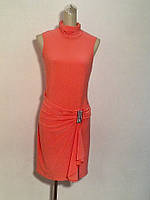 Короткое платье персиковое нарядное