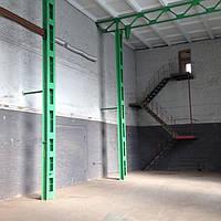 Удобное здание для склада или производства в городе Ирпень , Киевская область, Киев - 9 км. Кирпичное здание -