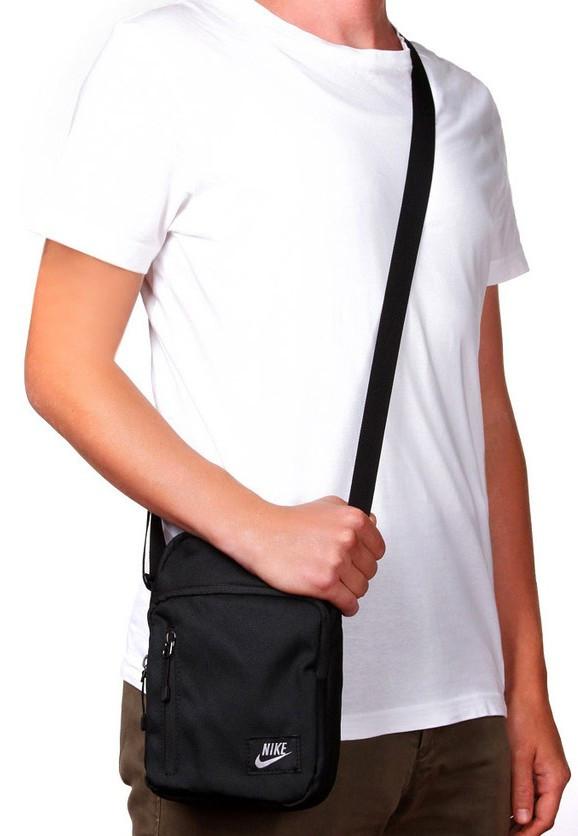 41033c89 Сумка через плечо Nike Core Small Items II, цена, купить в Виннице ...