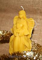Ангел с сердцем, натуральный воск. Высота 110 мм