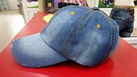 Джинсовая кепка светлая