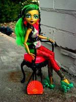 Лялька Монстер Хай із серії Новий Скарместр - Дженіфер Лонг Monster High New Scaremester Jinafire Long