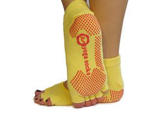 Желтые носки для йоги