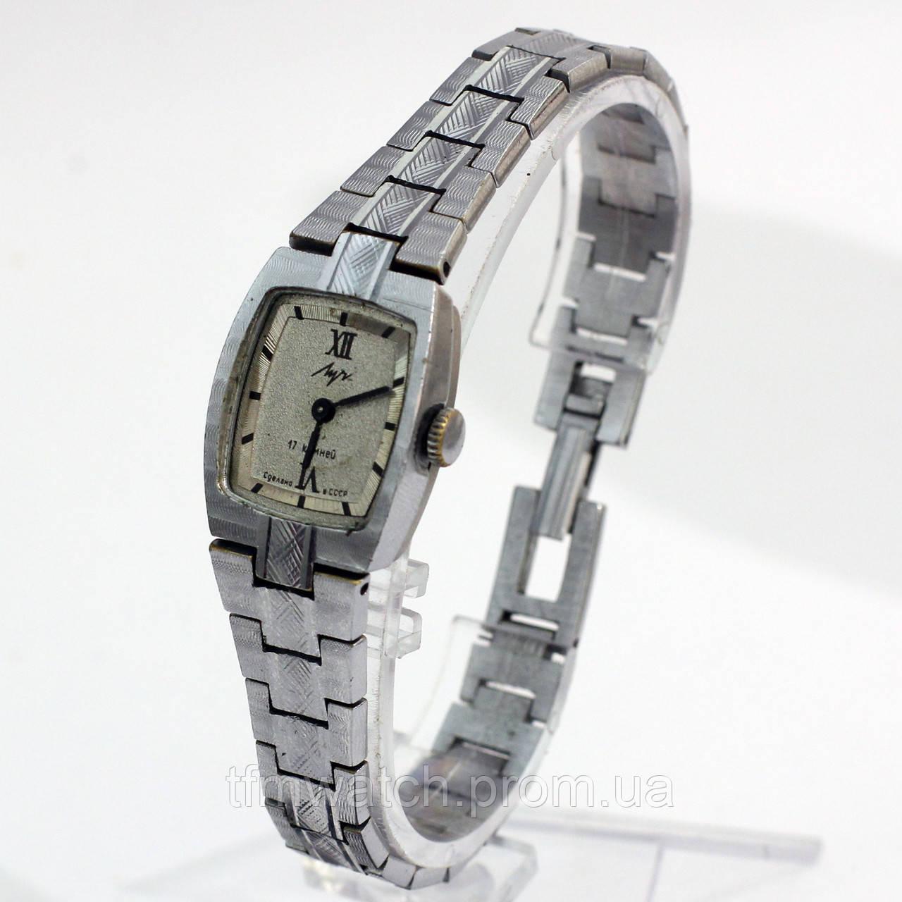 Луч 17 камней женские часы