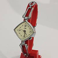 Луч редкие женские часы