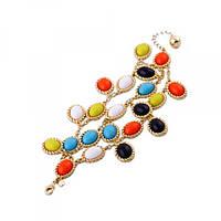 Яркий браслет с разноцветными камнями