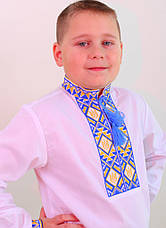 Вишита сорочка хрестиком на білому батісті з українською символікою, фото 2