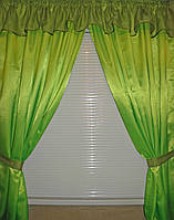 Короткие атласные шторы с оборкой  е039