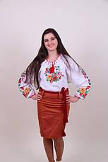 Женская вышитая блуза гладью на белом батисте с цветочным узором, фото 3