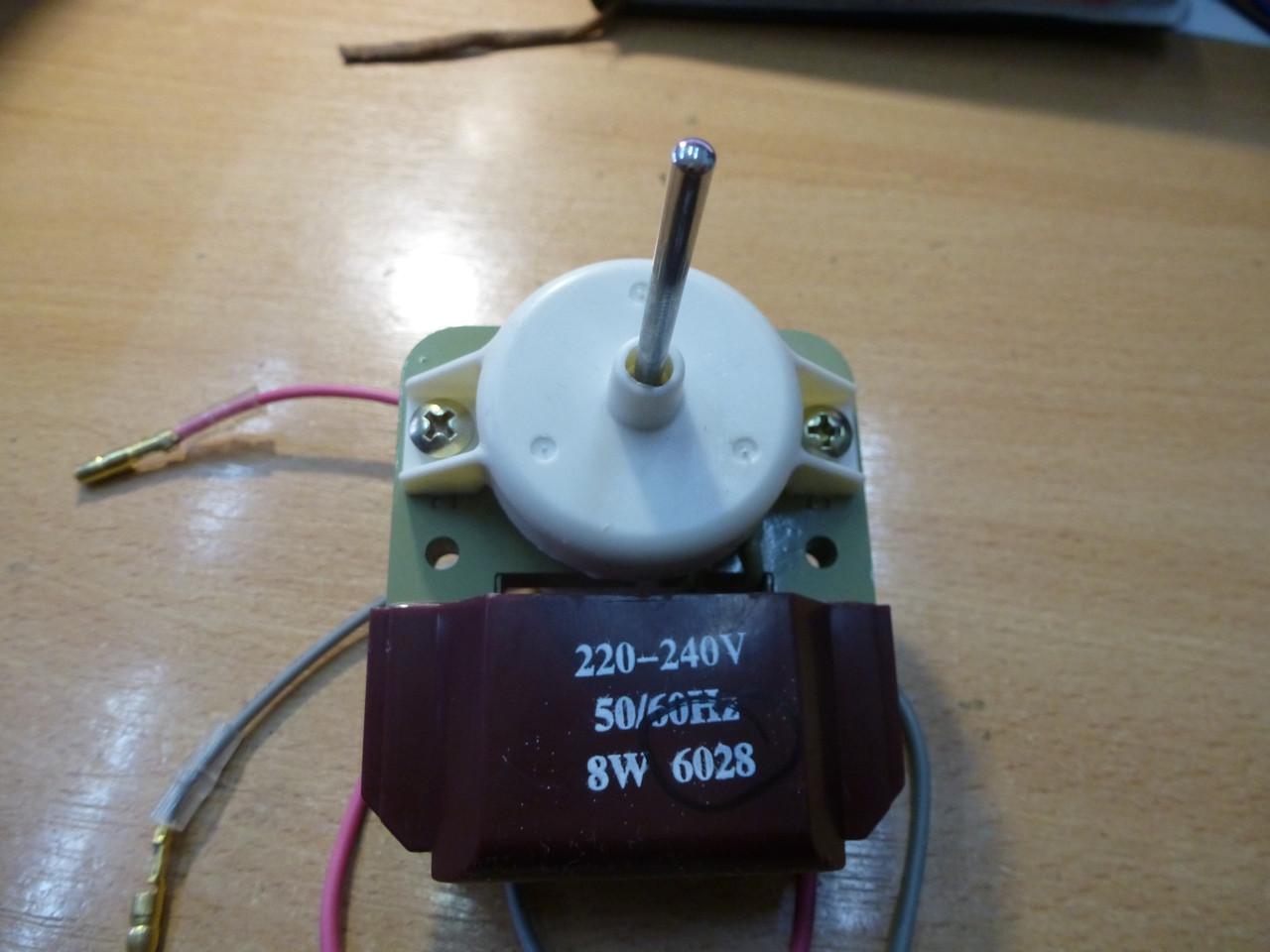 Вентилятор обдува SC  СW 6028 (аналог 2261,  коричнев. Вал 40мм3,2мм.8 Вт