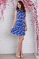 Яркое женское платье-рубашка из штапеля с модным рисунком