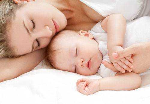Подушки, пледы для детей и взрослых