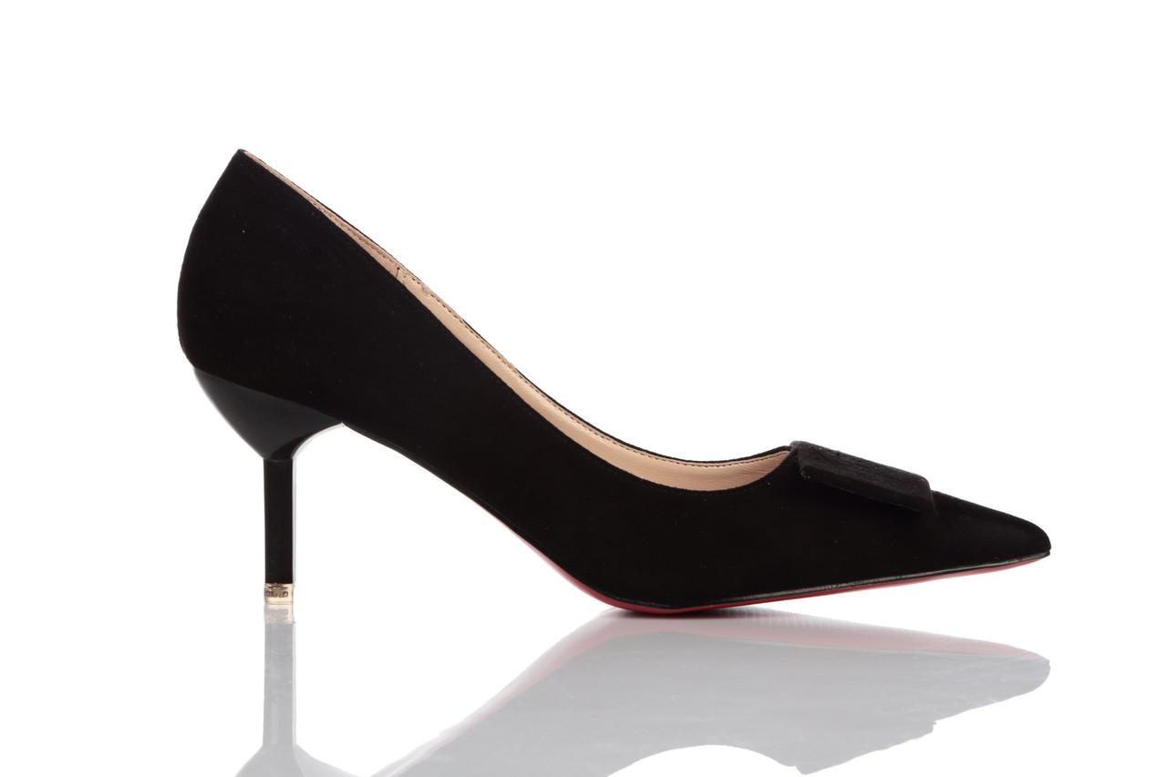 Туфли женские Loren Leather Pumps 16