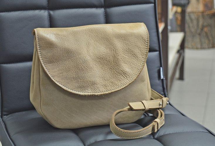 Интересная женская сумка из натуральной кожи GBAGS B.0011 бежевый