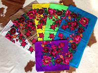 Платок Розы и маки. Размер 70*75,Состав: 60 % шерсть,40 % вискоза
