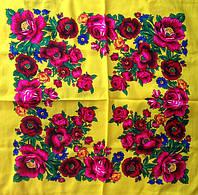 Платок Розы и маки желтый